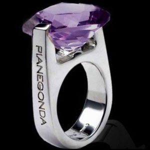 Pianegonda Cosmic Drop Cushion Amethyst Ring